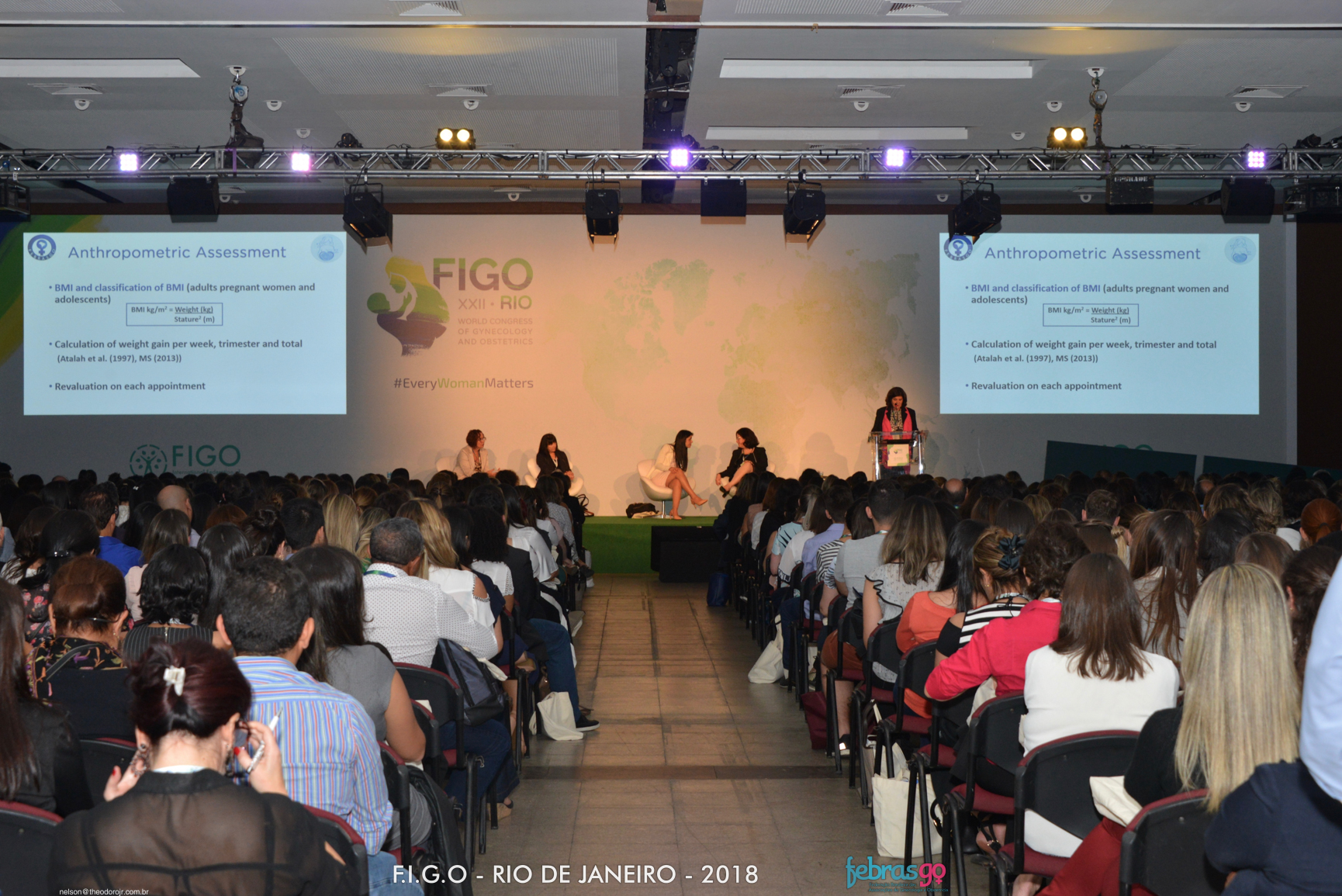 Programação especial em português faz sucesso
