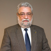 Dr. César Eduardo Fernandes - President