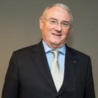 Dr. Corintio Mariano Neto - Diretor Financeiro/Administrativo