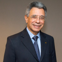 Dr. Marcos Felipe Silva de Sá - Scientific Director