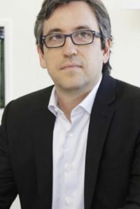 Dr. Sérgio Podgaec - Diretor Administrativo